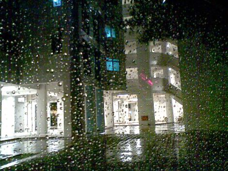 rainy 512 nite